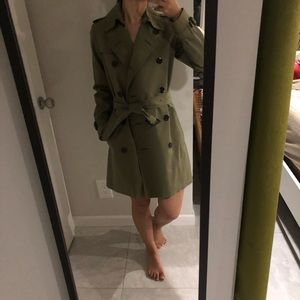 Burberry London Trench light military green size 2